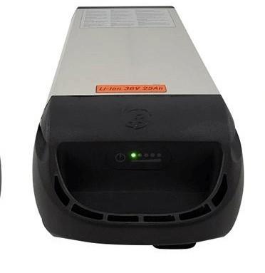 Van-Raam-fietsaccu-Cube-Heavy-36V-880Wh-24.8Ah-zilver-overzicht