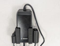 VanZijp-opladerhouder-voor-Bosch-2A-compact-charger-zwart-8945004795472-met-lader