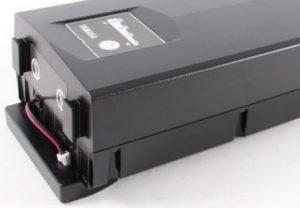 Yamaha-fietsaccu-13.8Ah-497Wh-36V-zwart-8715957378769-aansluiting-achterlicht